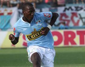 Luis Advíncula: Sería hermoso jugar en Italia