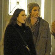 Ashton Kutcher tuvo cita con mujer muy parecida a Demi Moore