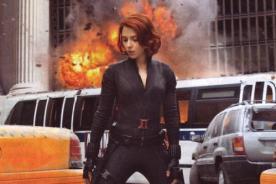 Scarlett Johansson encantada con ajustado traje de The Avengers