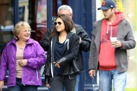 Mila Kunis presentó ante sus padres a Ashton Kutcher en cafetería
