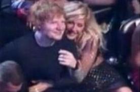 Ed Sheeran confiesa que estuvo saliendo con Ellie Goulding