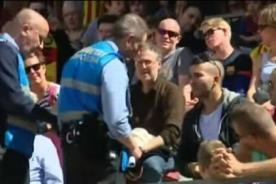 Hincha fue echado del Camp Nou por lucir camiseta del Real Madrid - VIDEO