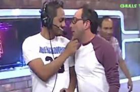 Carlos Galdós y Richi boy son captados besándose ebrios [FOTO]