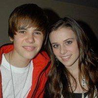 Adolescente de 14 años quería asesinar a ex novia de Justin Bieber
