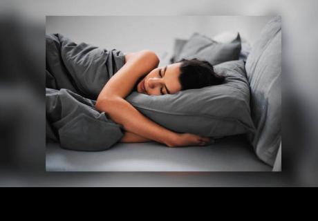 Las mujeres deben dormir más horas que los hombres por estas razones