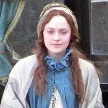 Mira a Dakota Fanning con su nuevo look para el nuevo filme Effie