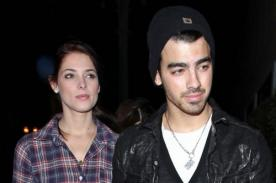 Joe Jonas revela que perdió su virginidad con Ashley Greene