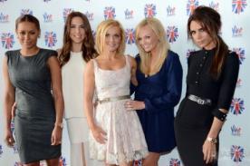 Mamá de Victoria Beckham pone al descubierto vieja foto de las Spice Girls