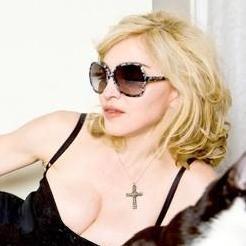 Novio de Madonna afirma que la cantante no es un monstruo