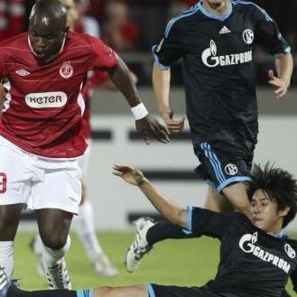 Champions League: Schalke 04 de Jefferson Farfán empató 0-0 con Hapoel Tel-Aviv