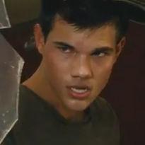 Taylor Lautner protagoniza violento combate en nuevo avance de Abduction