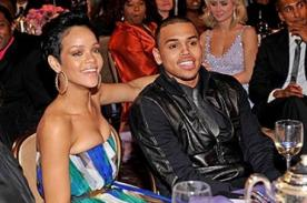 Rihanna se habría encontrado con Chris Brown en sus vacaciones