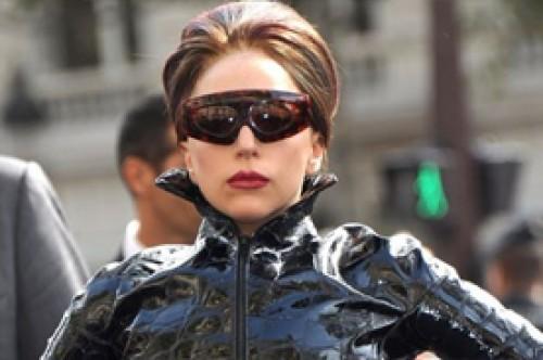 Lady Gaga critica al Papa por su postura contra el matrimonio gay