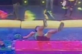 Combate: 'Pantera' Zegarra sufre aparatosa caída en 'AquaBox' - Video