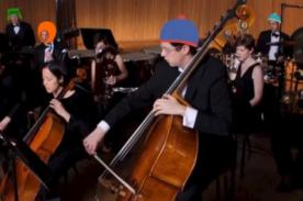 ¡Increíble! Grupo musical toca los temas de 43 caricaturas - VIDEO