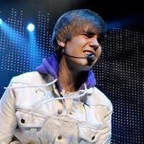 Justin Bieber: Adolescente que le lanzó huevos en concierto fue arrestado