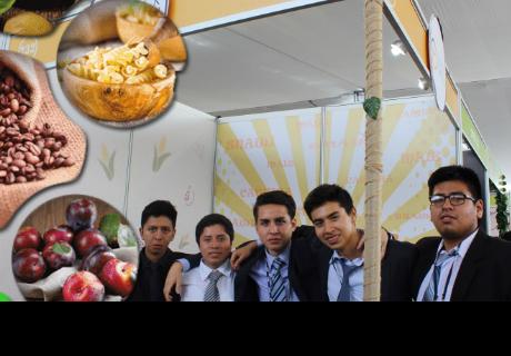 Jóvenes peruanos sorprenden con productos innovadores en Feria de Exportación