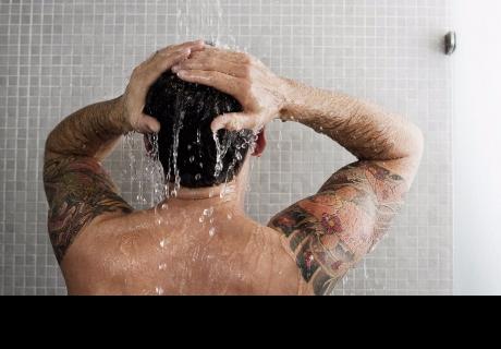 ¿Bañarse a diario es perjudicial para la salud?