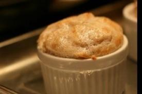 Julia Child recetas de postre: Exquisito Souffle de vainilla