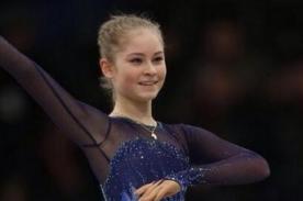 Sochi 2014: Yulia Lipnitskaya lidera el patinaje artístico a sus 15 años