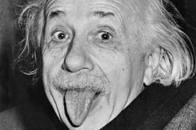 ¿Por qué saca la lengua? La historia detrás de la icónica foto de Einstein