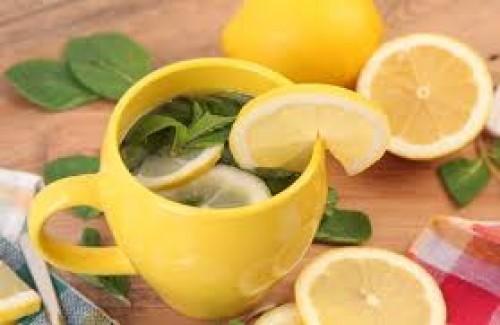Infusión de limón y laurel: Excelente para acabar con el cabello graso en hombres