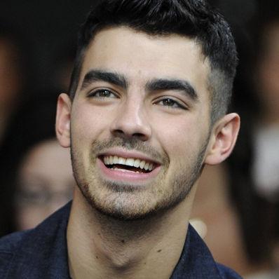 Joe Jonas no se olvida de Dulce María: Joven músico la saludó por su cumpleaños