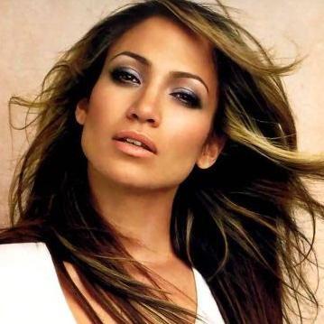 Jennifer López se cayó durante grabación de nuevo video Papi