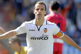 Roberto Soldado dejó el Valencia para fichar por el Tottenham