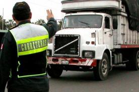 Semana Santa: Más de 3 mil efectivos policiales resguardarán las carreteras  del país.