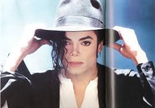 Sale a la venta el polémico rancho de Michael Jackson