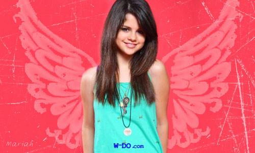 Selena Gomez se declara fan número uno de Cheryl Cole