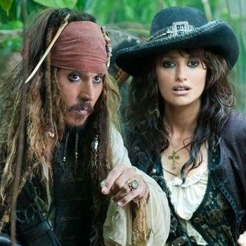 Johnny Depp y Penélope Cruz en nuevo trailer de Piratas del Caribe 4