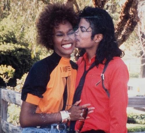 Michael Jackson sí quería casarse con Whitney Houston