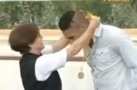Video: Paolo Guerrero condecorado por Susana Villarán con Medalla de Lima
