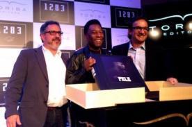 Pelé presentó su libro '1283' en Sao Paulo