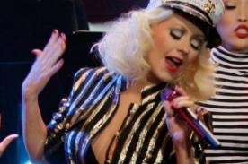 Christina Aguilera rindió homenaje a tropas americanas cantando 'Candyman' - Video