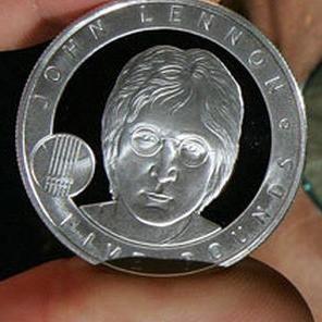 Inglaterra emite moneda con la imagen de John Lennon