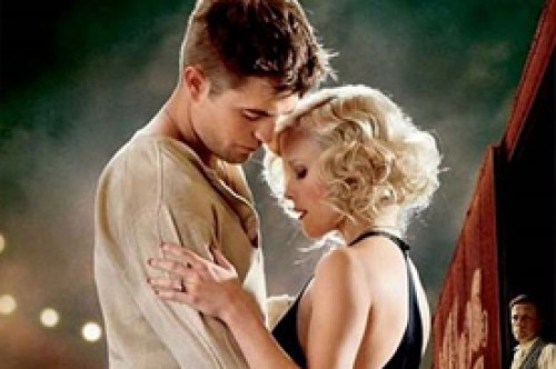 Robert Pattinson estaría recibiendo consuelo de Reese Witherspoon