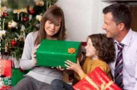 Felices Fiestas: Origen y costumbre de dar regalos en Navidad