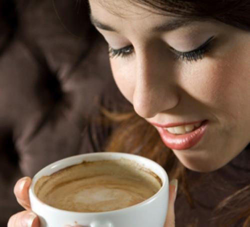 Consumo excesivo de café disminuye deseo sexual