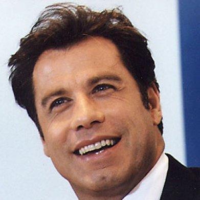 John Travolta le habría sido infiel a su esposa con varios hombres