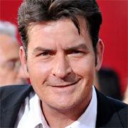 Charlie Sheen y Warner Bros llegan a un acuerdo y ponen fin a sus disputas