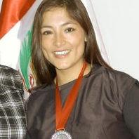 Magaly Solier es condecorada Embajadora de la Marca Perú