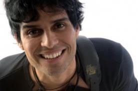 Pedro Suárez Vértiz emocionado por llegar al millón en Facebook