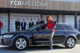 Video: Jugadores del Barcelona recibieron autos Audi de lujo