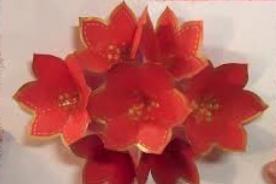 Aprende a hacer una Tarjetas de Navidad con flores de papel 3D