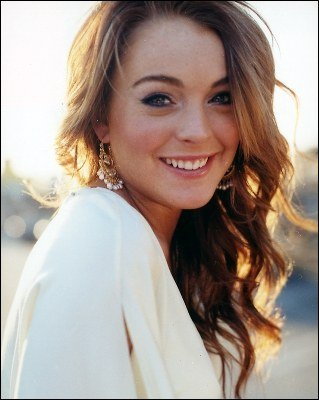 Lindsay Lohan estuvo acompañada de Samantha Ronson