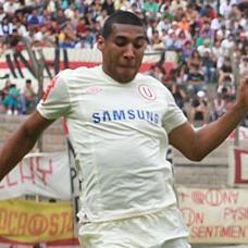 Fútbol Peruano: Giancarlo Carmona sería refuerzo del San Lorenzo de Almagro