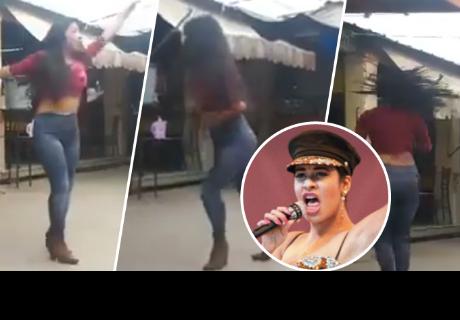 Joven baila al estilo de Selena Quintanilla y se vuelve viral en la red